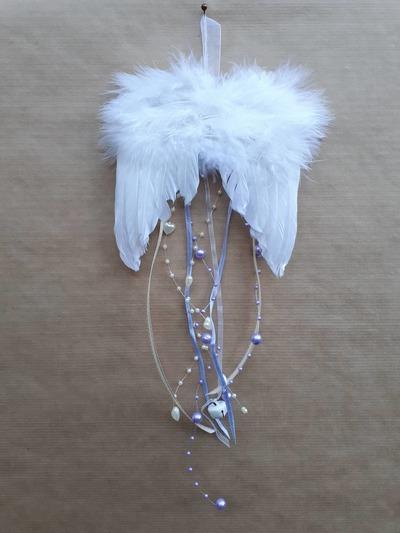 Andělská křídla – fialové perličky