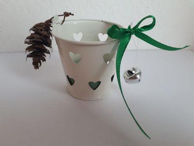 Vánoční svícínek v kbelíčku – zelený